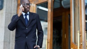 Since appearances greatly affect people's judgment, your looks should reflect the good qualities you possess. Here is how your looks can state that you are a successful confident person.